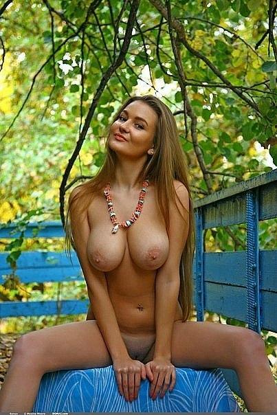 фото голые пышногрудые красавицы