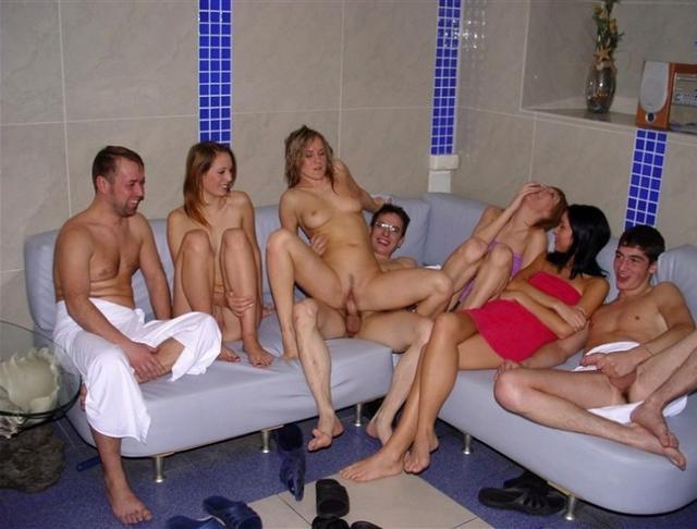 kak-snyat-v-saune-prostitutku